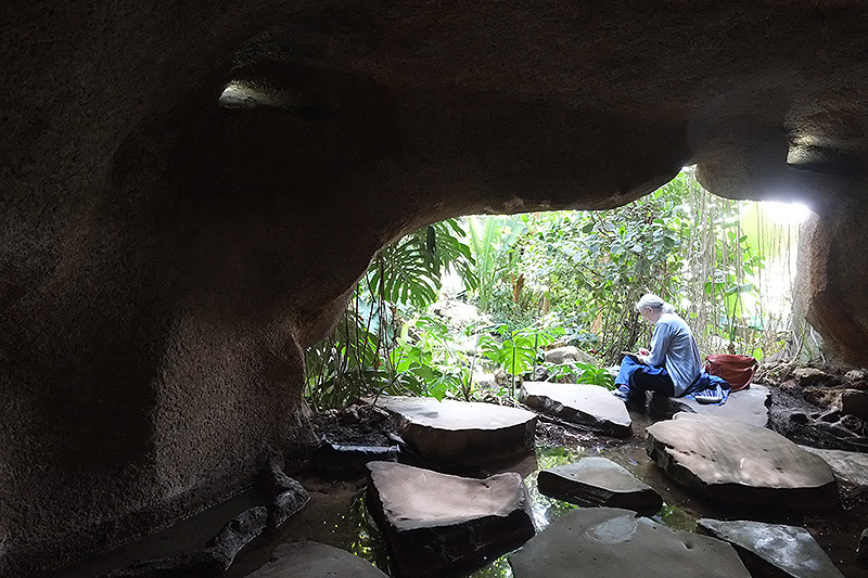 Grotte dans la grandes serre