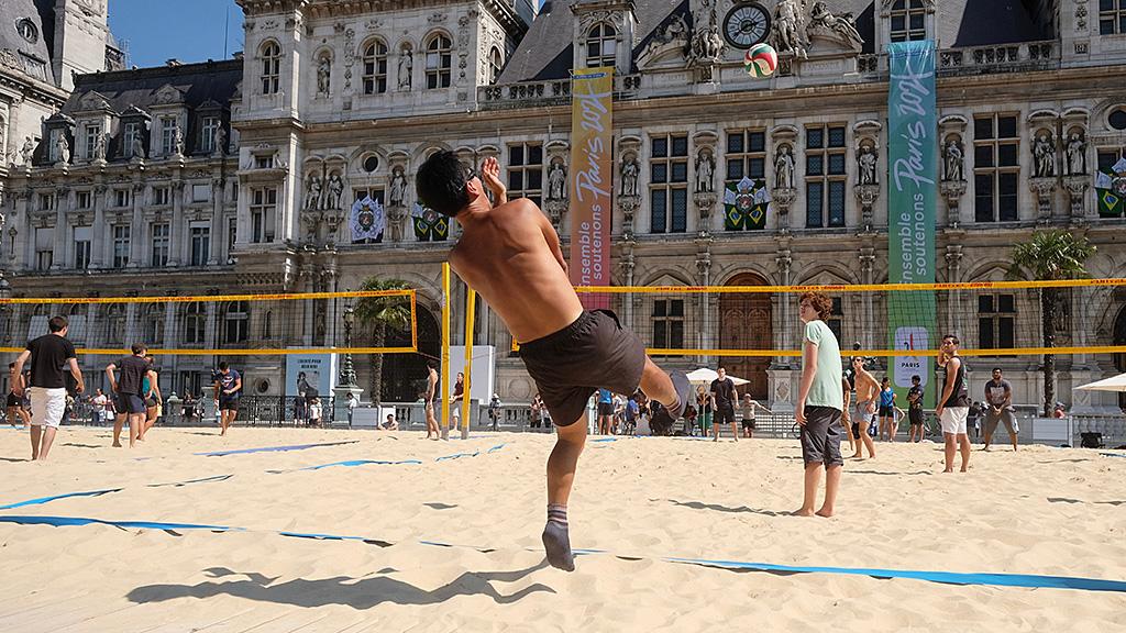 Beach Volley à la Mairie de Paris
