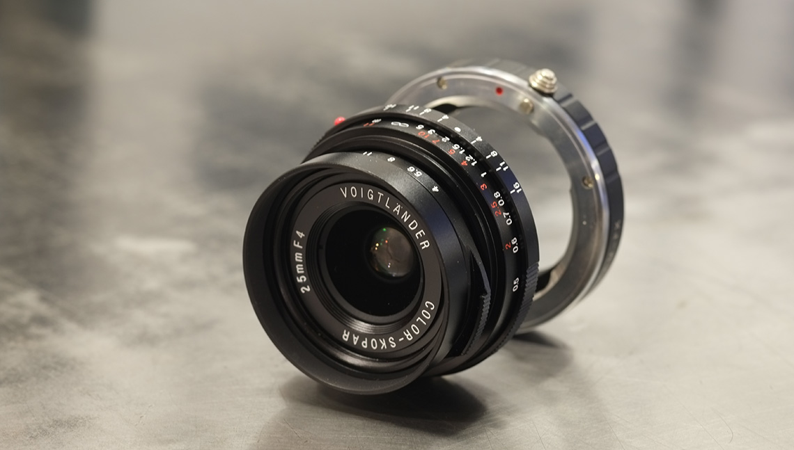 Voigtlander 25mm Color Skopar F4 et bague adaptatrice Leica/fuji
